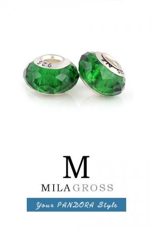 Сочно-зеленая бусина муранское стекло граненая (ювелирный сплав lampwork)